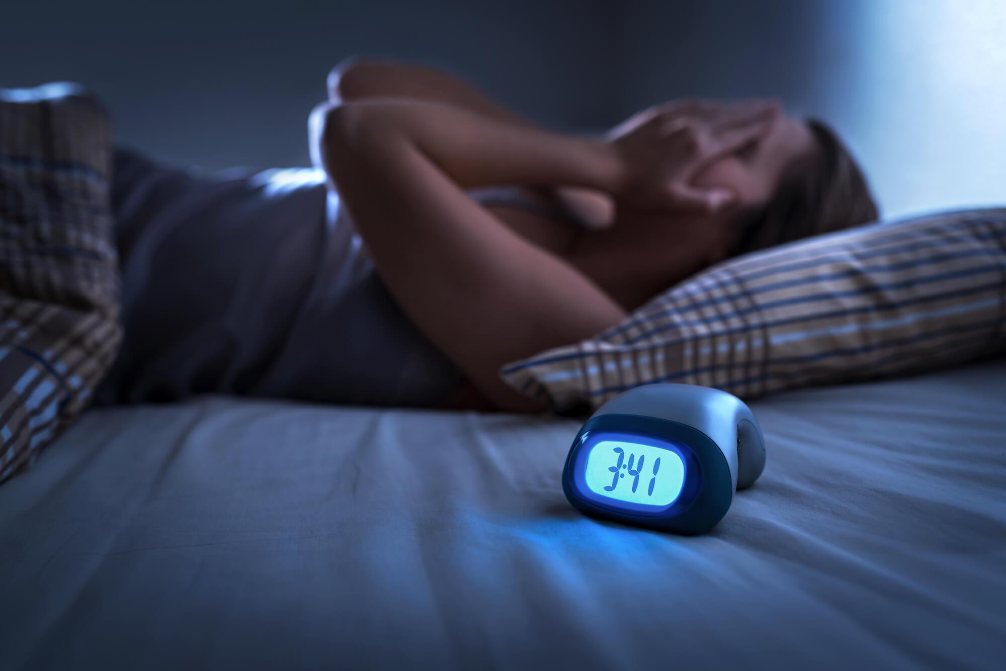 Te vroeg wakker worden Symptomen en behandeling